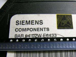 [25szt] BAR64-02W Dioda PIN 3GHz SIEMENS